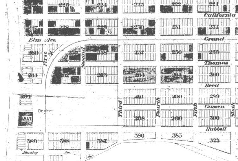 The heart of Pacific Beach from Wheeler's map. The 'Avenues' south of Grand Avenue are named for early PB land speculators including Thomas, Reed, Gassen and Hubbell (Thomas and Reed Streets survive to this day). This map also shows Missouri Avenue (Street), the only surviving 'state' street name in the PB grid.